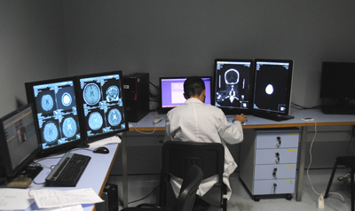 Cr neurorradiologia site 1 414 240