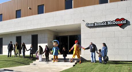 Casa ronald mcdonald do porto j uma realidade centro for Casa mcdonald